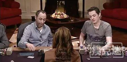 蜗牛扑克:男子昏迷10年醒来的第一句话竟然是他喜欢的牌手现状如何?