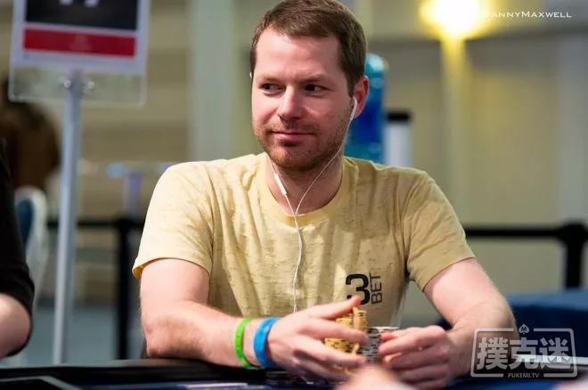 蜗牛扑克:牌局分析 | AJ,翻牌圈被加注,怎么办?