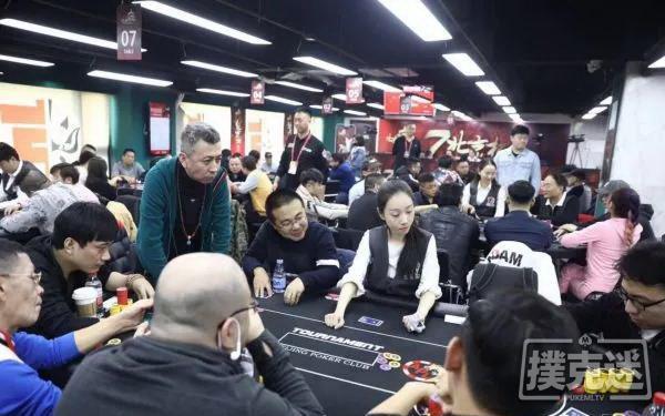 蜗牛扑克:北京杯血雨腥风中9人聚首!郭志辉成决赛桌CL!