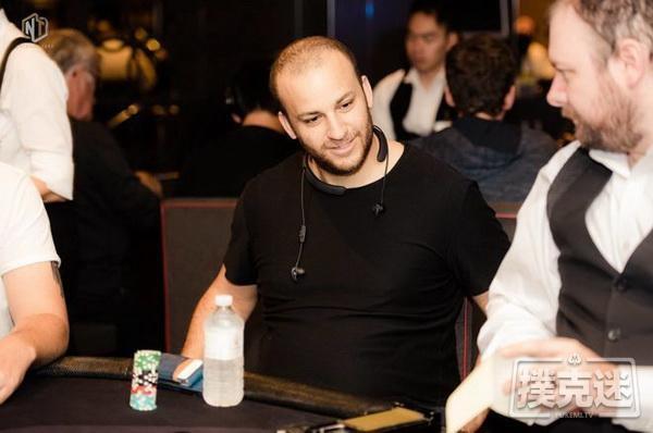 蜗牛扑克:Sorel Mizzi & 澳洲百万赛事:我是因为这里的早餐才来打牌的