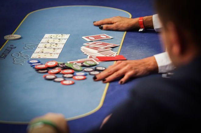 蜗牛扑克:提防用非坚果强牌追求最大价值的风险