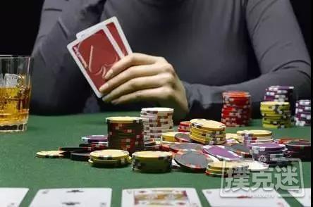 【蜗牛扑克】翻牌圈作为冷跟注方在有利位置面对check