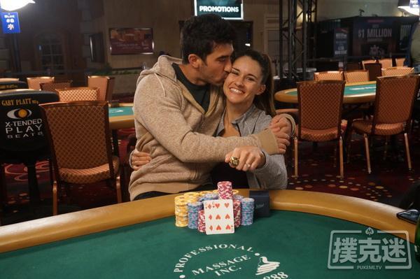 蜗牛扑克:扑克情侣在拉斯维加斯双双斩获冠军!