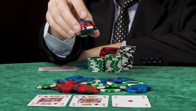 【蜗牛扑克】提升扑克技术的五个实用技巧