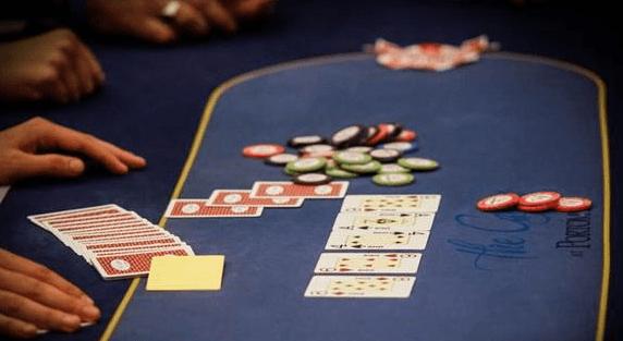 【蜗牛扑克】既不是价值也不是诈唬的下注