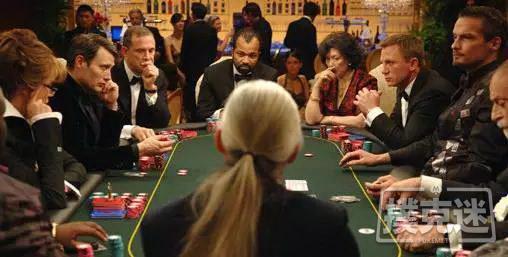 【蜗牛扑克】位置不利时赢得底池的三大杀手锏