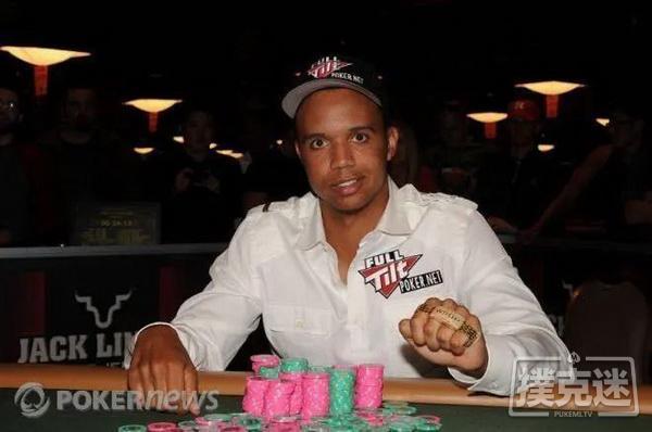 蜗牛扑克:WSOP历史上的今天:Phil lvey斩获第8条金手链