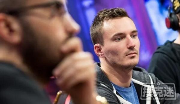蜗牛扑克:Sontheimer因职业扑克玩家身份被银行关闭账户