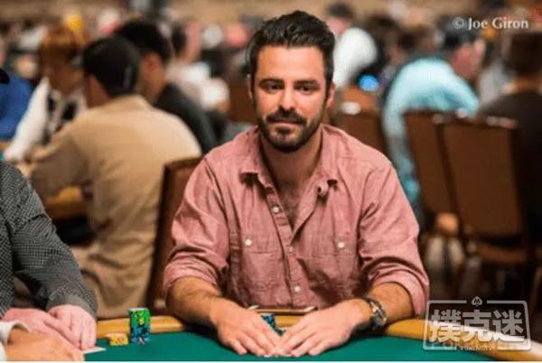 【蜗牛扑克】德州扑克主赛第一手牌拿到AA,5分钟后,他out了…