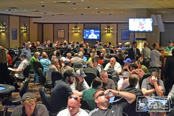 【蜗牛扑克】德州扑克退出牌局的10个好理由