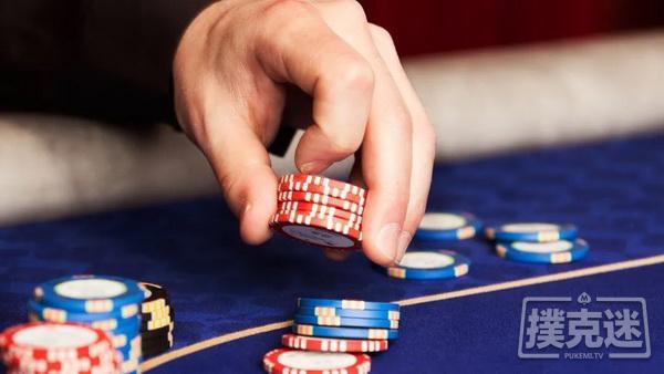 【蜗牛扑克】德州扑克玩得紧一些,还能在小级别盈利吗?