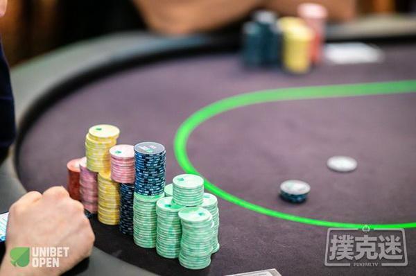【蜗牛扑克】德州扑克牌局分析:为了长期盈利付出的小代价