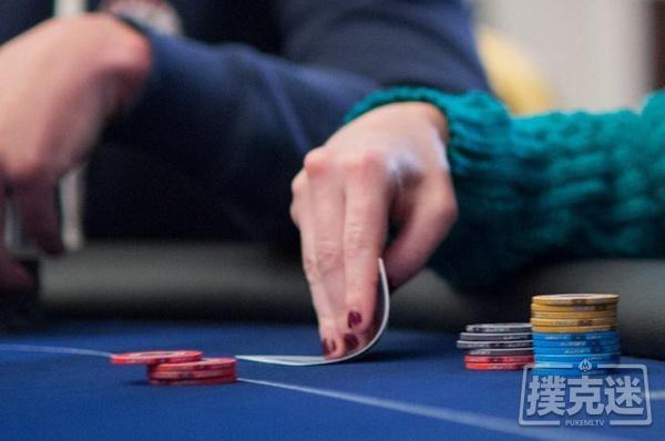 【蜗牛扑克】德州扑克如何判断对手是否拿到了同花?