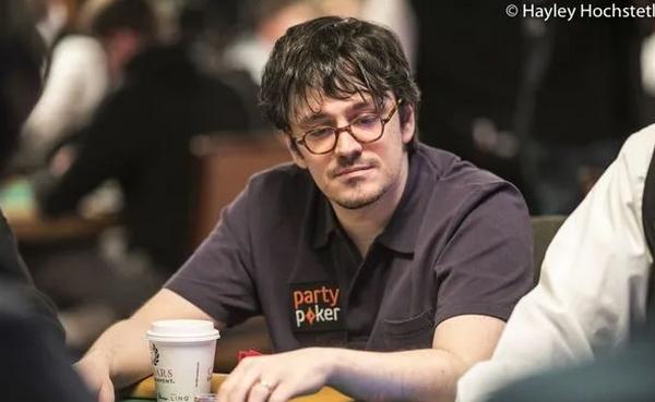 蜗牛扑克:Haxton赢得短牌豪客赛冠军,收入15万刀