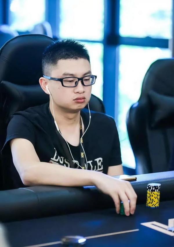 蜗牛扑克:国人牌手故事 | 越幸运越努力的郑晓生:国际扑克,让我早生华发!