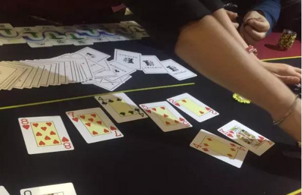 【蜗牛扑克】德州扑克问我牌谱,其实我的回答都是错的。
