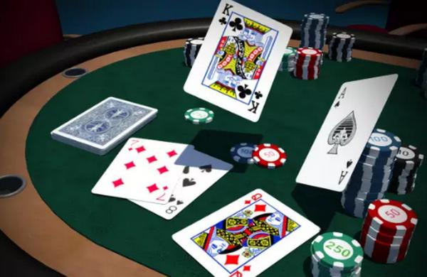 【蜗牛扑克】德州扑克MTT前期游戏策略
