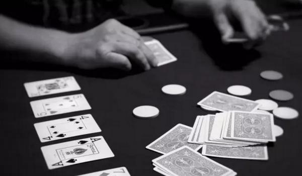 【蜗牛扑克】德州扑克如何决定翻牌前的加注量