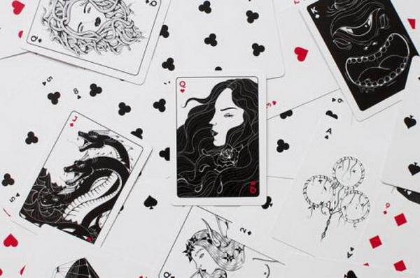 【蜗牛扑克】德州扑克当你拿着AK面对两个疯狂玩家的全压时,你该如何做