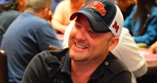 蜗牛扑克:Mike Postle失去了他的律师