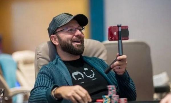 蜗牛扑克:单日狂胜38.5万,丹牛收获开赛以来最大胜利