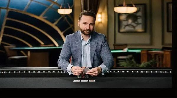 蜗牛扑克:Phil Hellmuth 与丹牛单挑对决即将开启! 托马斯·格拉维森扑克盈利1亿美元