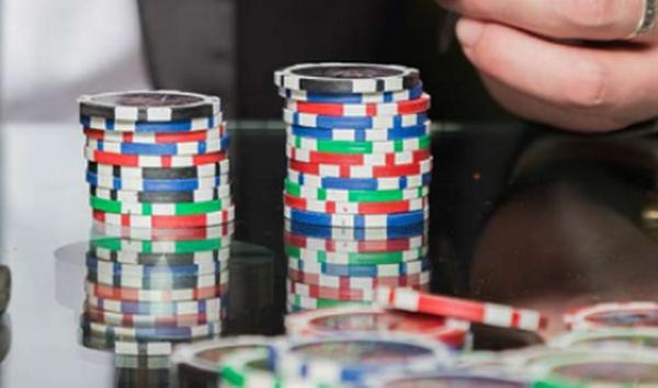 【蜗牛扑克】七个不可饶恕的德州扑克锦标赛错误