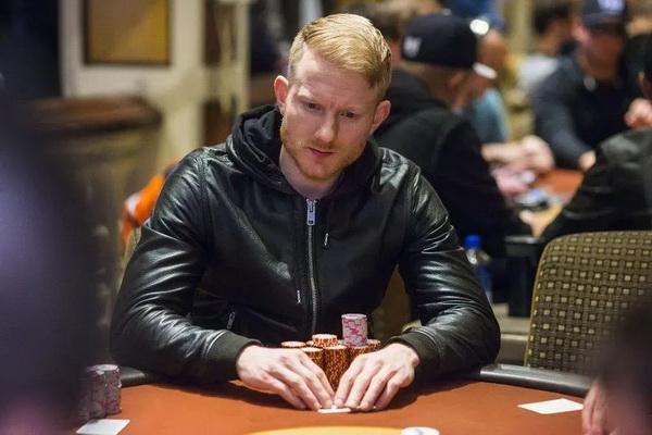 蜗牛扑克:Jason Koon放言:WSOP就像是业余锦标赛,手链多不代表最优秀