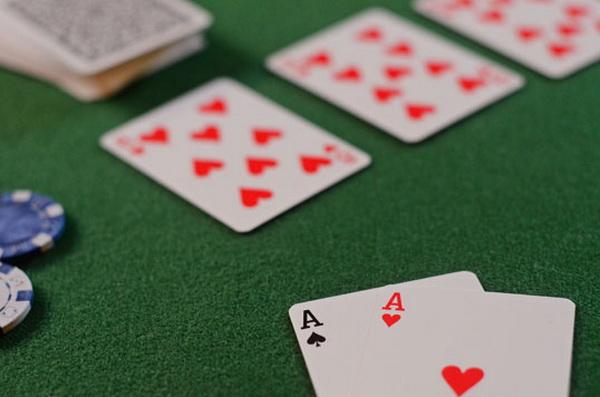 【蜗牛扑克】德州扑克榨取跟注站玩家
