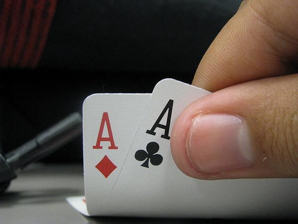 【蜗牛扑克】德州扑克关于AA的一些小常识