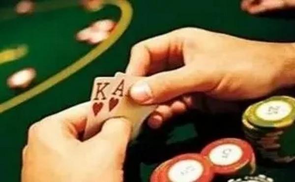 【蜗牛扑克】德州扑克这四种常见的场合一定要打得够凶!