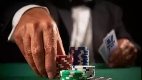 【蜗牛扑克】德州扑克能做到这几点,就能让你的盈利直线飙升!
