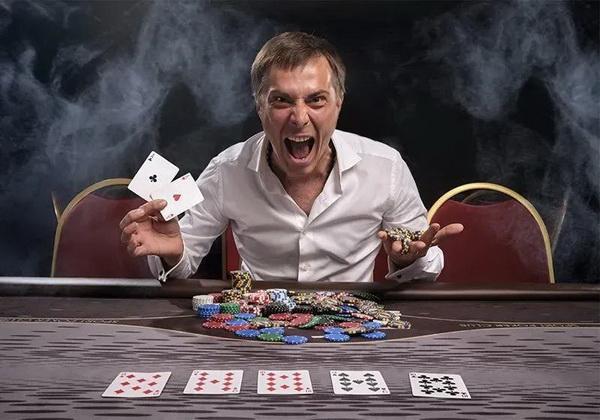 【蜗牛扑克】德州扑克中最难搞的牌型是什么?