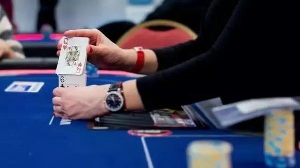 【蜗牛扑克】德州扑克如何在没有最好牌的情况下赢到更多底池