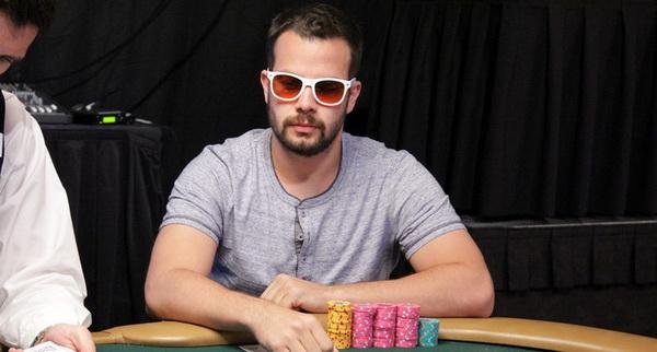 【蜗牛扑克】德州扑克如何提高自己的扑克水平