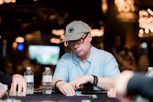 【蜗牛扑克】德州扑克作为一个牌手,你要明白什么时候该打、该弃牌