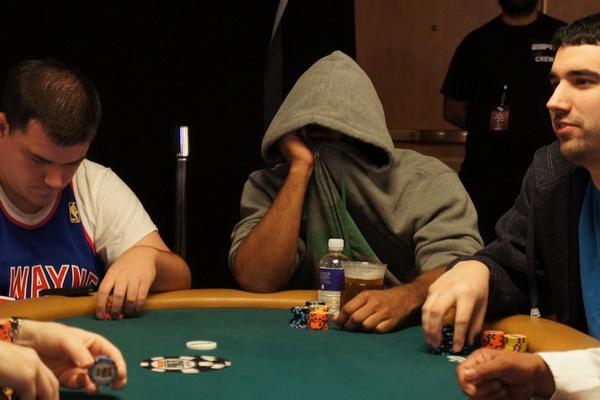 【蜗牛扑克】关于内地德州现场的八项注意