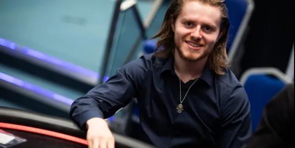 蜗牛扑克:Charlie Carrel每个游戏级别时的心态发展