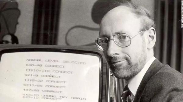 蜗牛扑克:扑克玩家Clive Sinclair逝世 享年81岁