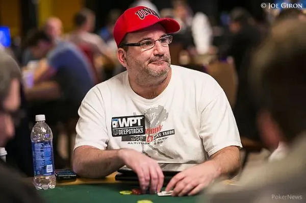 """蜗牛扑克:Mike Matusow在推特上称NFT是""""狗屎"""""""