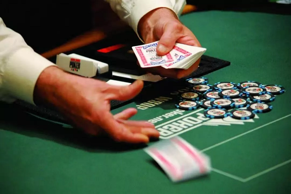 蜗牛扑克:WSOP可能面临扑克发牌员短缺的窘境